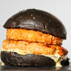 Блек бургер з камамбером  330/140/45 гр