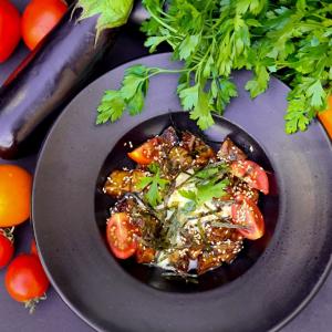 Салат з баклажаном та рікотою