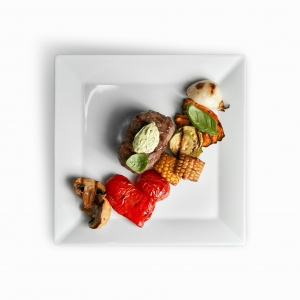 Стейк Антрекот з овочами гриль