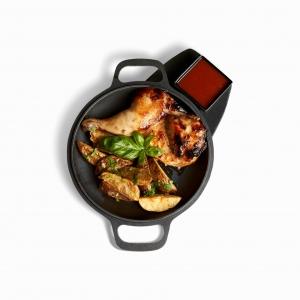 Курча кімчі з картоплею та соусом барбекю