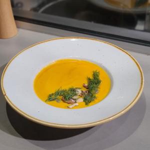 Крем-суп гарбузовий з бринзою