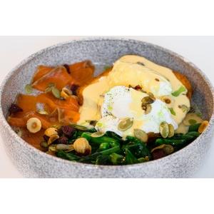 Яйця Бенедикт на підсмаженому бріоші з лососем (250 гр)