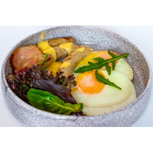 Яєчня з ковбасками та беконом (240 гр)