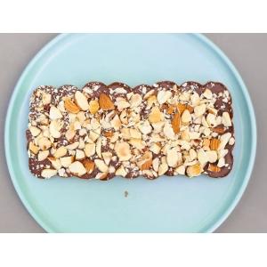 Плитка шоколаду молочний з горішками (100 гр)